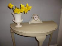 Console Table in Annie Sloan Versailles
