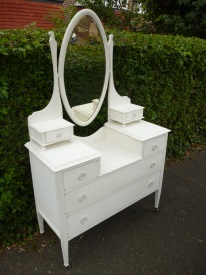 Dressing Table with Oval Mirror in Annie Sloan Original