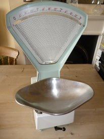 Avery shop scales in white and duck egg blue, working