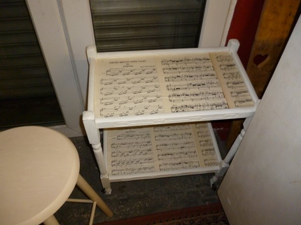 Vintage cake trolley in Old White with decoupage