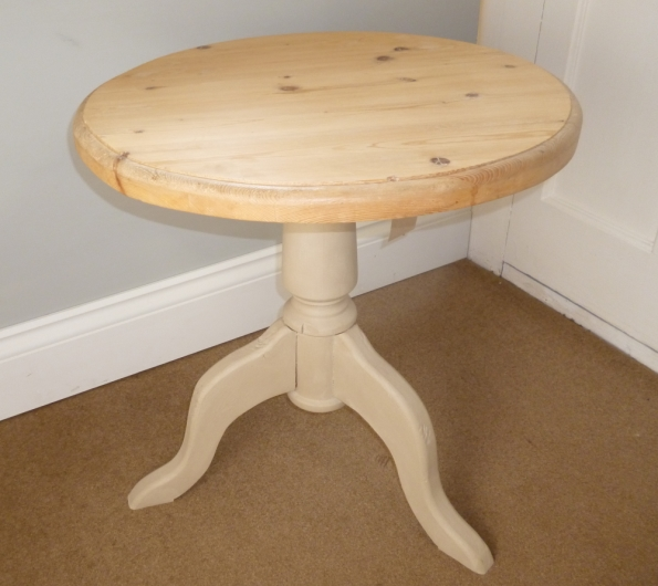Solid Pine Round Side Table in Country Grey
